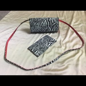 Jeun Bang Zebra Print Organizer Bag